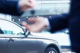 Les mauvaises habitudes de conduite qui réduisent la durée de vie de votre voiture